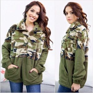 Ultra soft high quality Camo fleece pullover